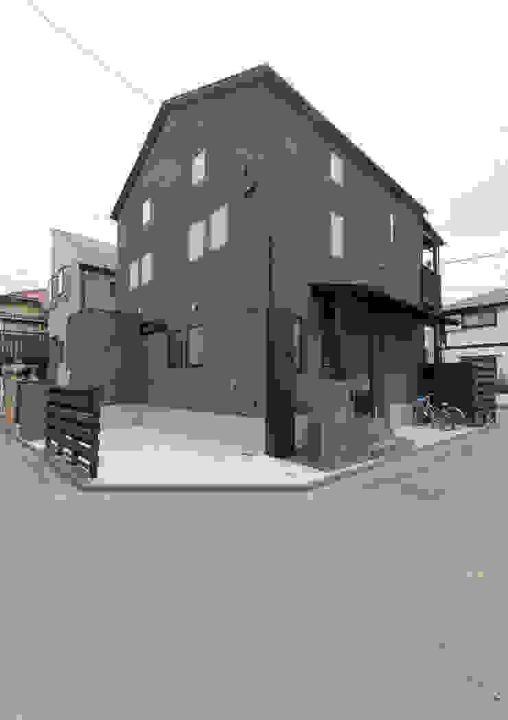 スキップフロアを使った大家族の家/みんなの家 日本家屋・アジアの家 の 森村厚建築設計事務所 和風 木 木目調