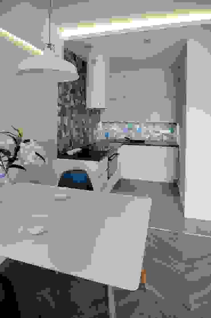 Cocinas de estilo escandinavo de ARTEMA PRACOWANIA ARCHITEKTURY WNĘTRZ Escandinavo