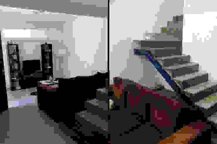 Estar - Escalera Livings modernos: Ideas, imágenes y decoración de MONARQ ESTUDIO Moderno