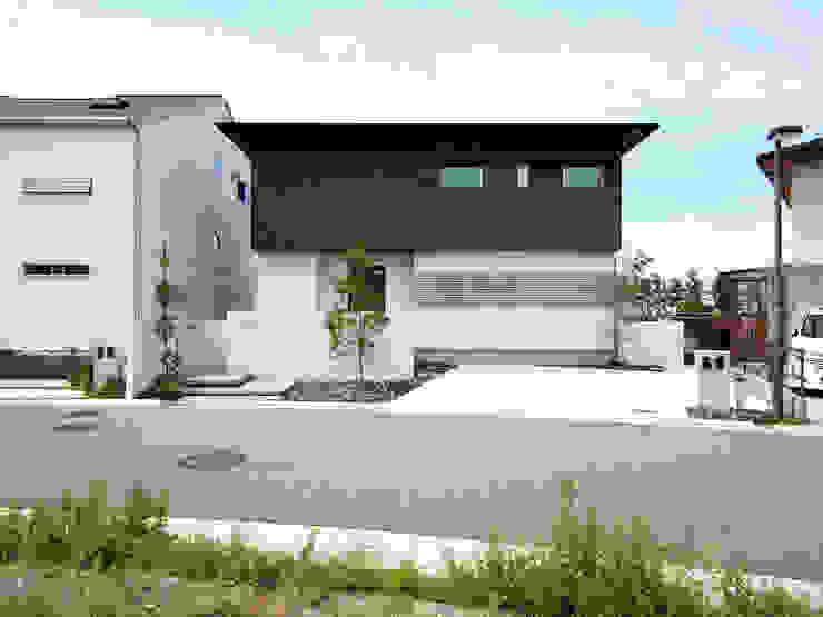 SQOOL一級建築士事務所:  tarz Evler, Modern