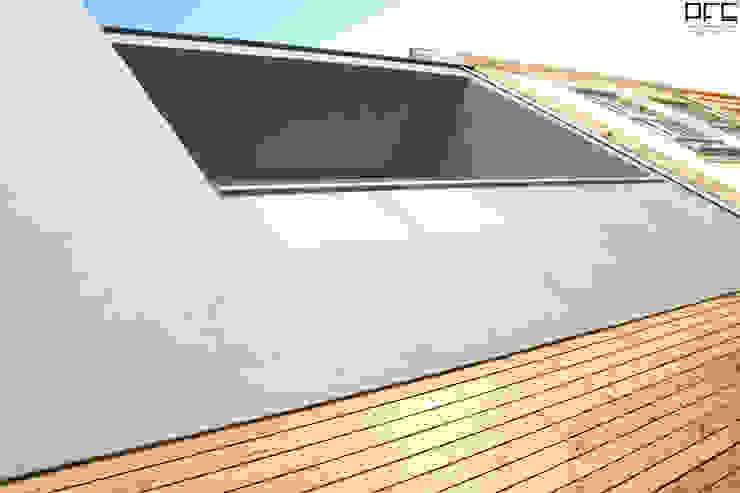 CASA LC_PÓVOA DE VARZIM_2013 Casas minimalistas por PFS-arquitectura Minimalista