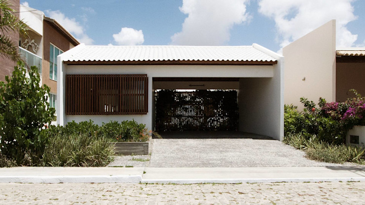 Casas de estilo  de Coletivo de Arquitetos, Minimalista