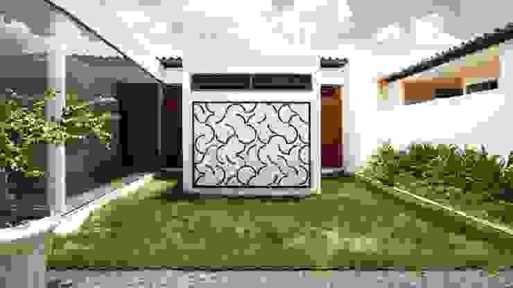 Casas de estilo minimalista de Coletivo de Arquitetos Minimalista