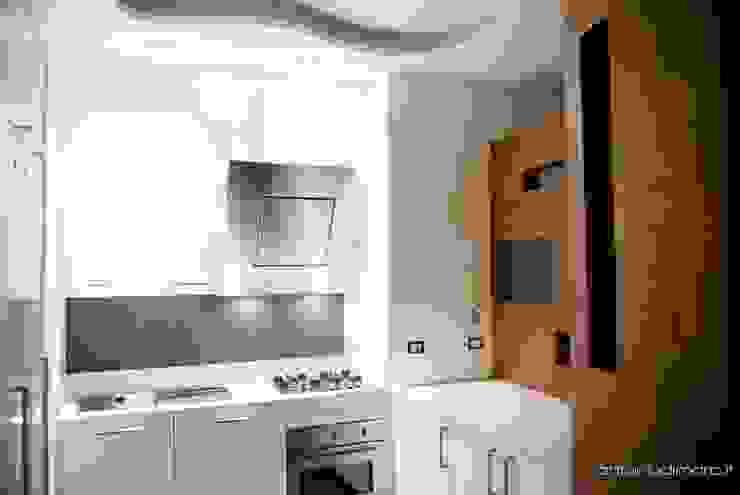 cucina antoniodimaro + Partners Cucina minimalista