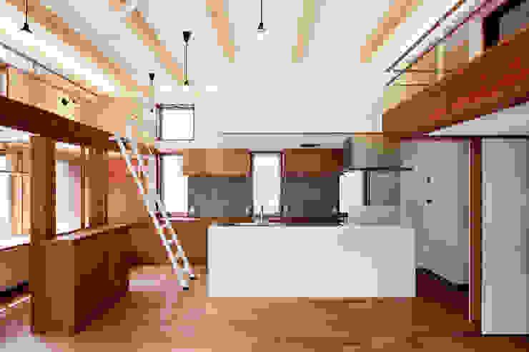 kitchen/キッチン モダンな キッチン の &lodge inc. / 株式会社アンドロッジ モダン タイル
