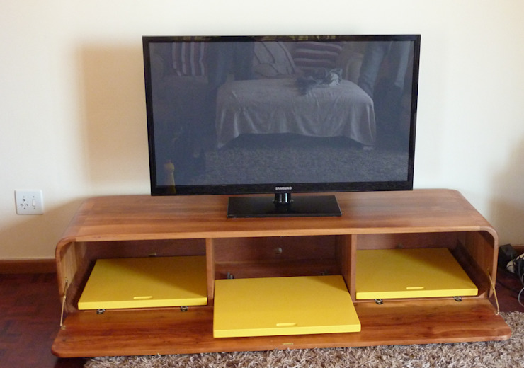 TV Unit: modern  by GreenCube Design Pty Ltd, Modern Wood Wood effect