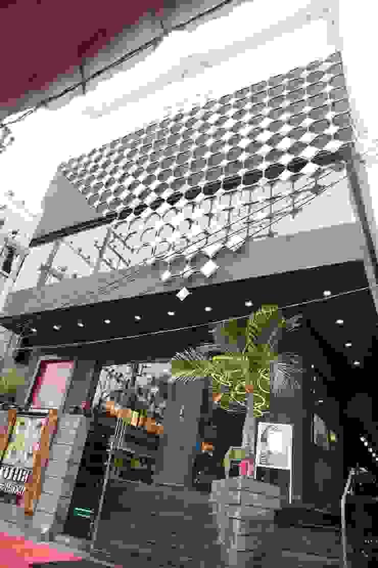 restaurant complex Mediterranean style bars & clubs by Vinyaasa Architecture & Design Mediterranean