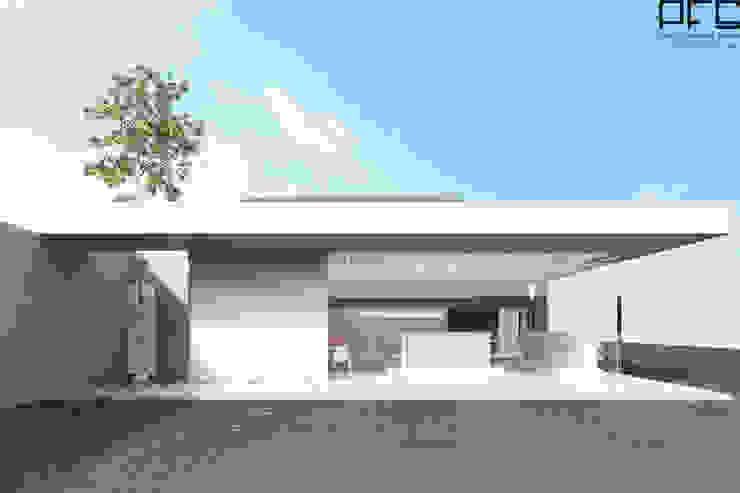 Minimalist offices & stores by PFS-arquitectura Minimalist