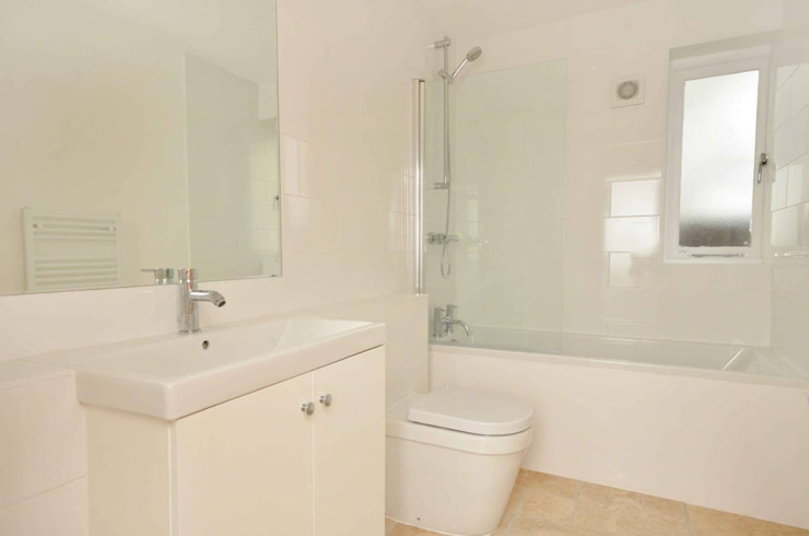 Bathrooms for a Guildford Residential Development van ArchitectureLIVE