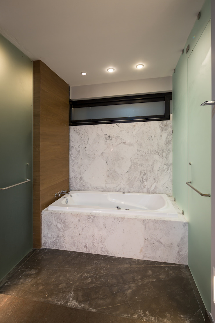 URBN Modern bathroom