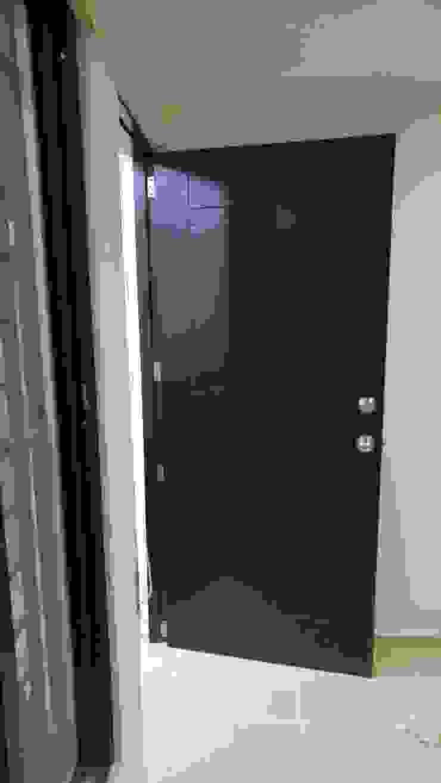 Detalle de puerta de RecreARQ Construcciones