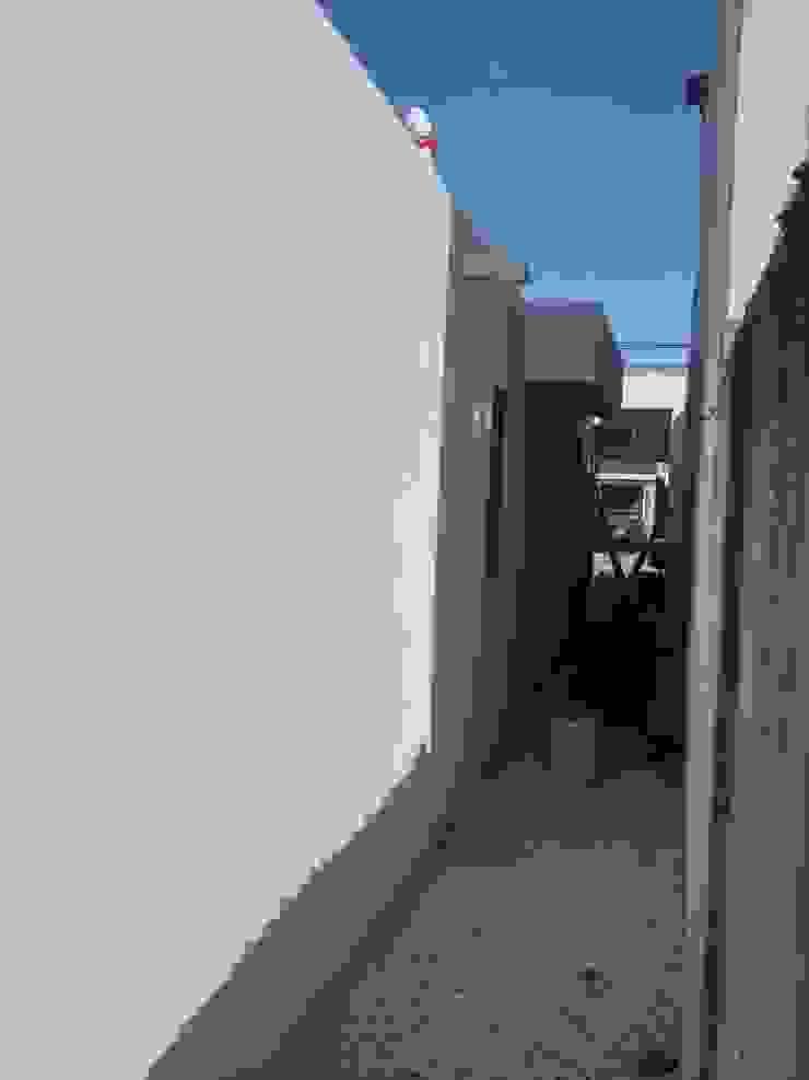Vista pasillo de servicio de RecreARQ Construcciones
