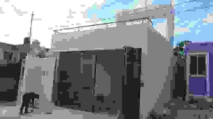 Fachada principal, después de la remodelación de RecreARQ Construcciones