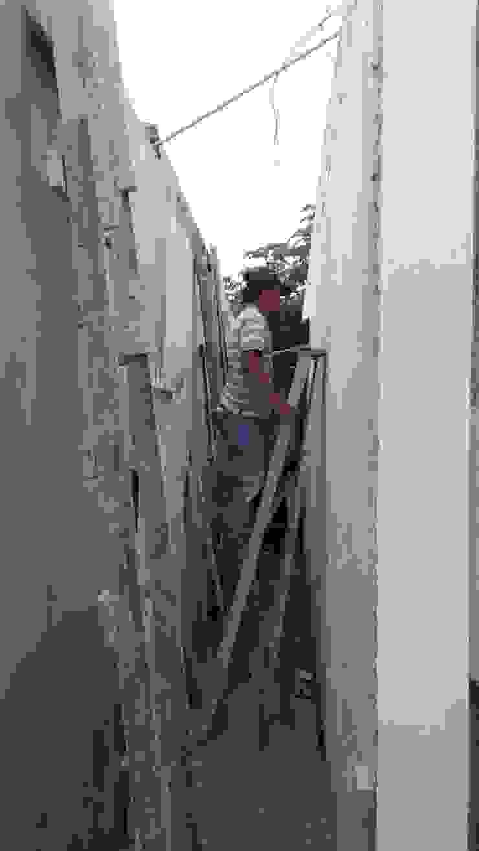 Detalles escalera pasillo de RecreARQ Construcciones