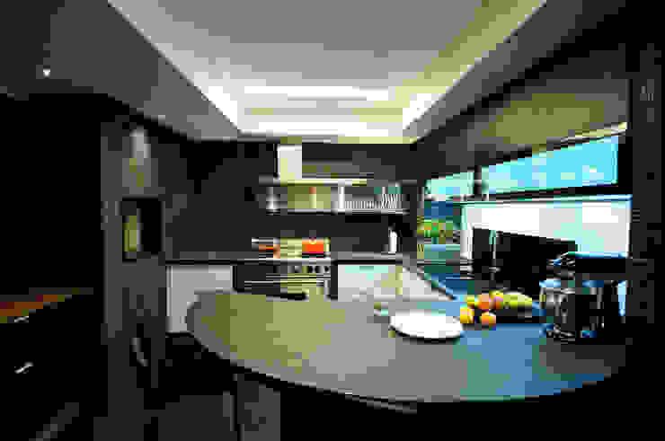 Apartamento Liberty Cozinhas modernas por Stemmer Rodrigues Moderno