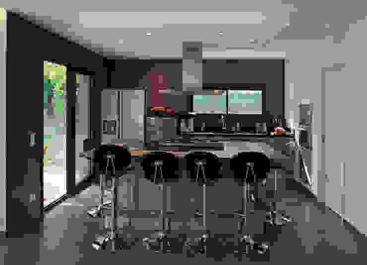 Pierre Bernard Création Modern kitchen