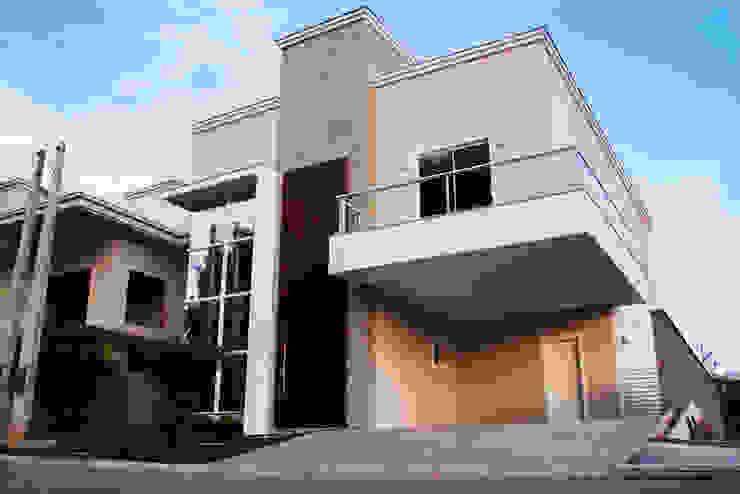 Garajes modernos de Cecyn Arquitetura + Design Moderno