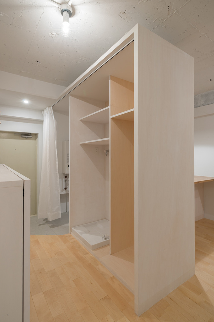 Renovation in Meidai-mae Eclectic style garage/shed by Kentaro Maeda Architects Eclectic Wood Wood effect
