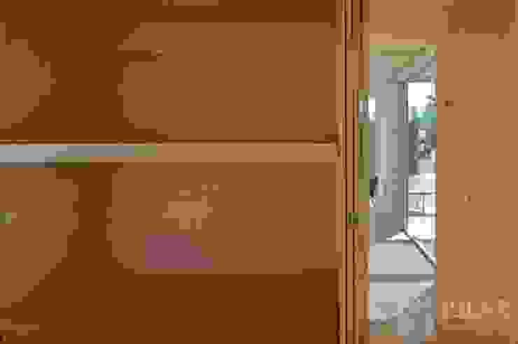 Jular Madeiras Minimalist bedroom Plywood Wood effect