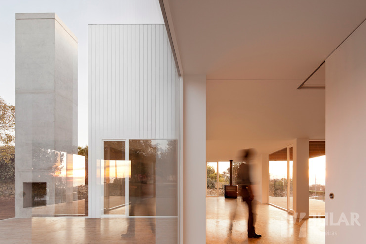 Minimalistische Wohnzimmer von Jular Madeiras Minimalistisch