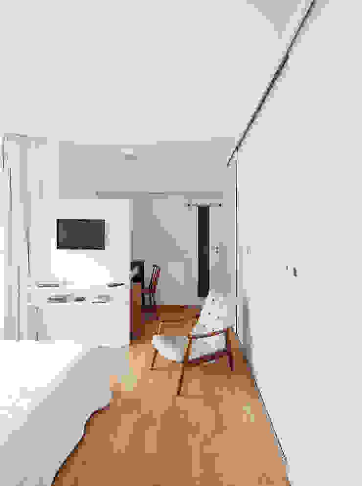Modern Yatak Odası Zoom Urbanismo Arquitetura e Design Modern