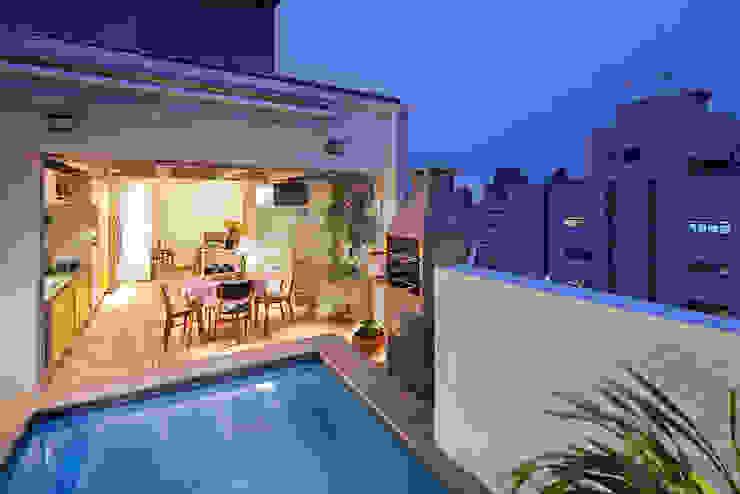 Piscinas de estilo moderno de Zoom Urbanismo Arquitetura e Design Moderno