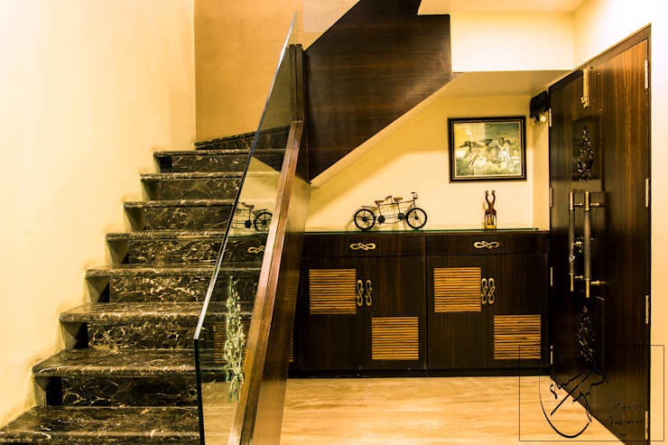 A Duplex Apartment, Raipur Modern corridor, hallway & stairs by ESHA GARG : Interior Designer Modern