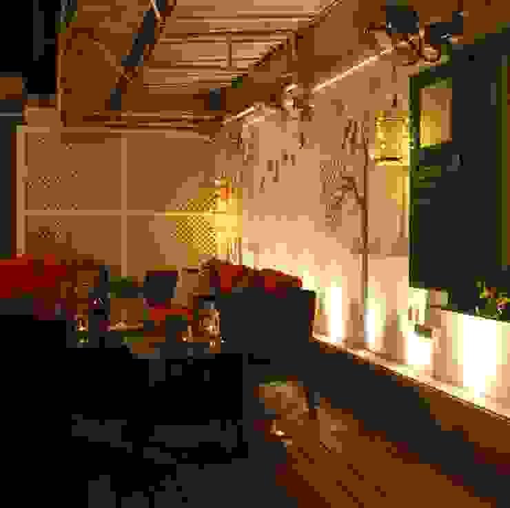 .. Modern balcony, veranda & terrace by Neha Changwani Modern