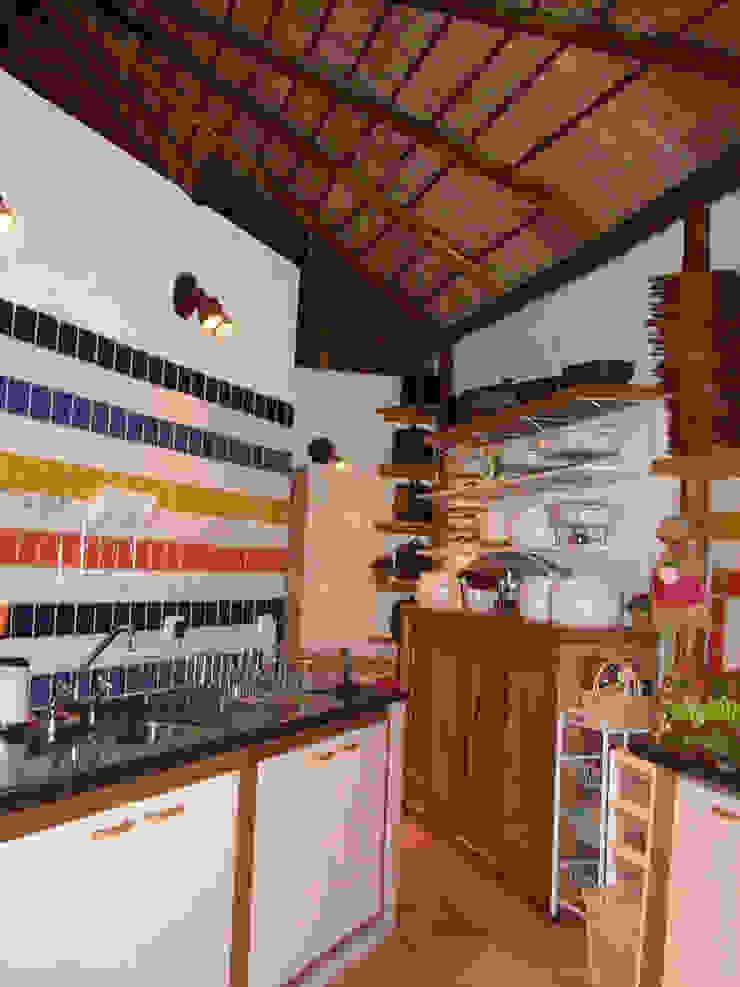 MBDesign Arquitetura & Interiores Rustikale Küchen