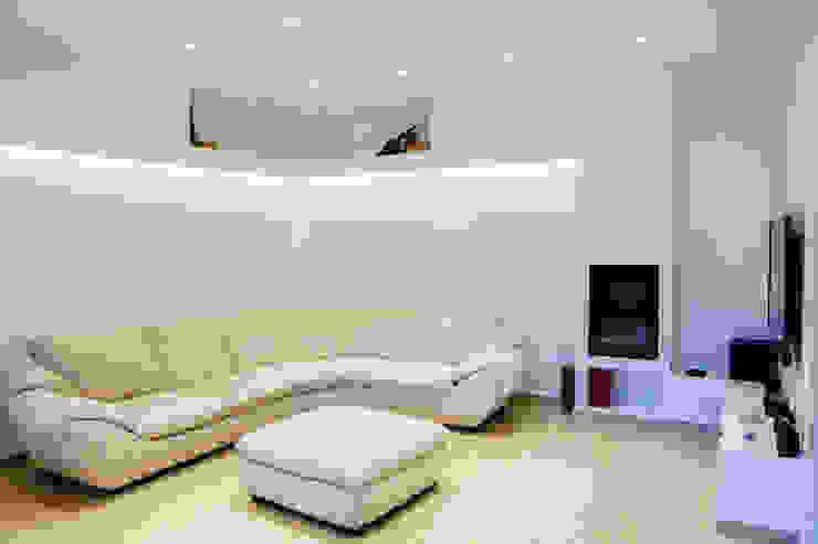 غرفة المعيشة تنفيذ LB Design e Allestimenti, تبسيطي