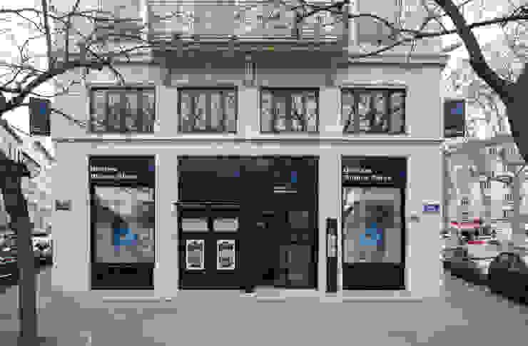 Pierre Bernard Création Kantor & Toko Modern