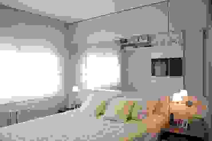 Camera da letto moderna di Expace - espaços e experiências Moderno