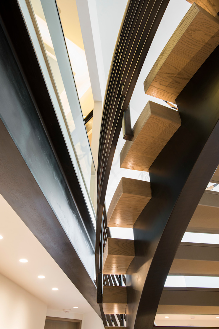 Modern corridor, hallway & stairs by EeStairs | Stairs and balustrades Modern Wood Wood effect