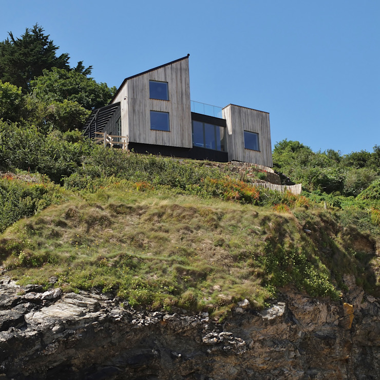 Sustainable Architectural Project Cornwall, Edge Of Cliff, St Ives, Cornwall Дома в рустикальном стиле от Arco2 Architecture Ltd Рустикальный