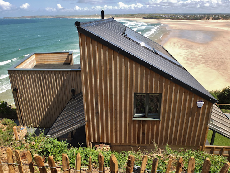 Sustainable Architectural Project Cornwall, Edge Of Cliff, St Ives, Cornwall Rustic style houses by Arco2 Architecture Ltd Rustic