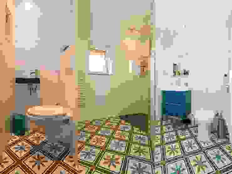حمام تنفيذ Articima Zementfliesen, كلاسيكي الطوب