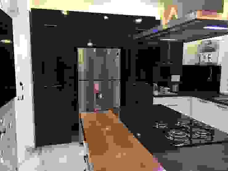 moduler kitchen Modern kitchen by Square Design Modern
