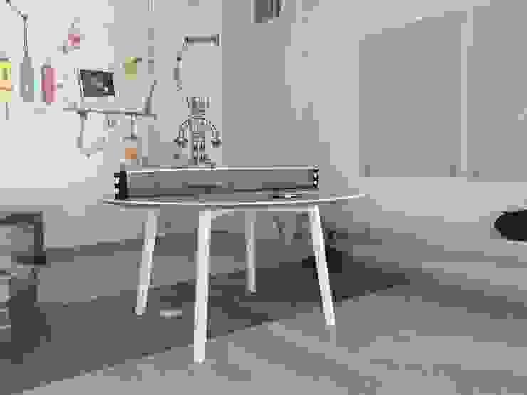 Mesa Recreativa ping pong de Herm & Bleu Moderno Madera maciza Multicolor