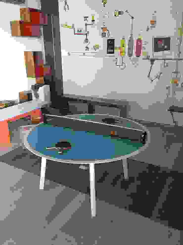 Mesa Recreativa ping pong de Herm & Bleu Moderno Madera Acabado en madera