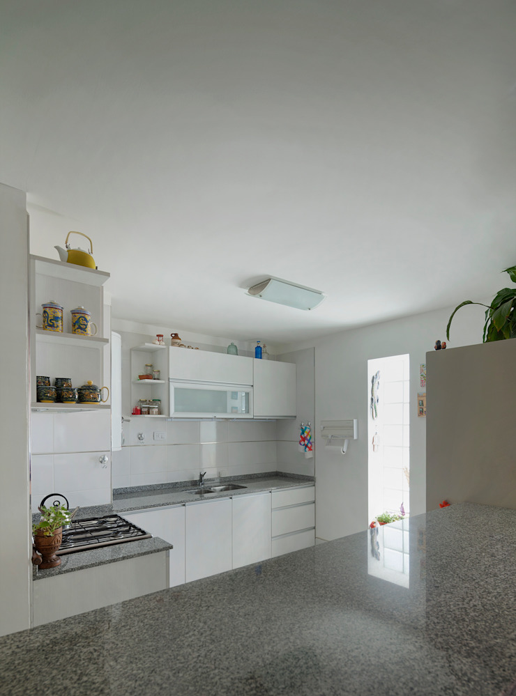 ARCADIA 2 Cocinas modernas: Ideas, imágenes y decoración de Arcadia Arquitectura Moderno