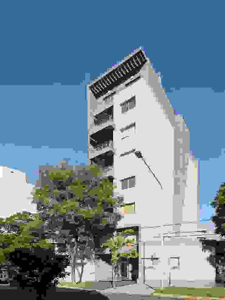 ARCADIA 2 Casas modernas: Ideas, imágenes y decoración de Arcadia Arquitectura Moderno