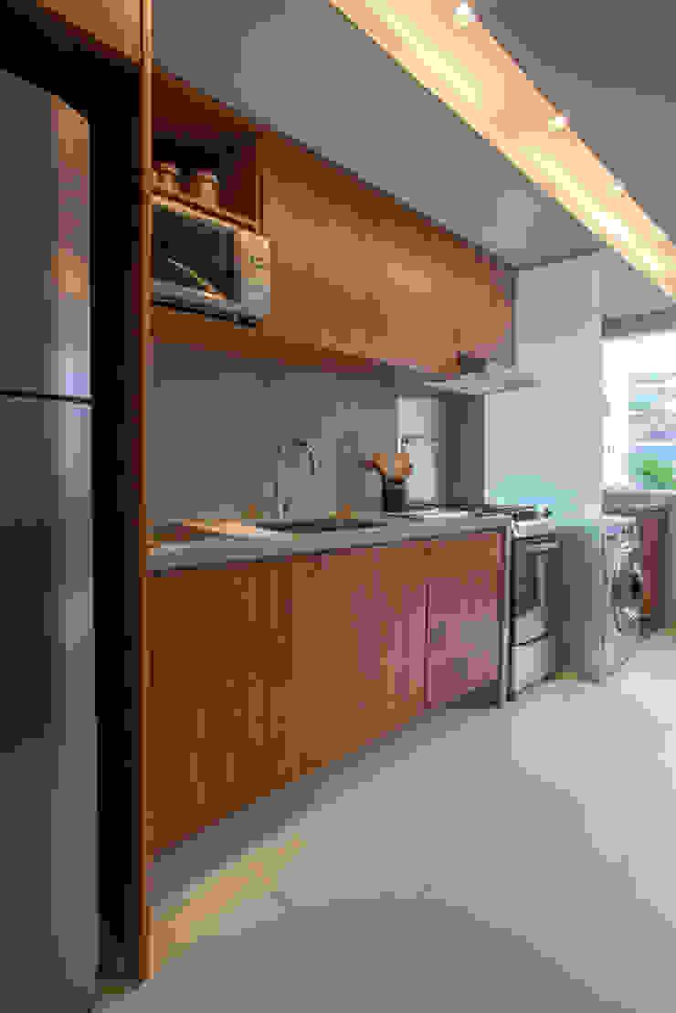 Apartamento decorado RJZ - Gisele Taranto Arquitetura Cozinhas modernas