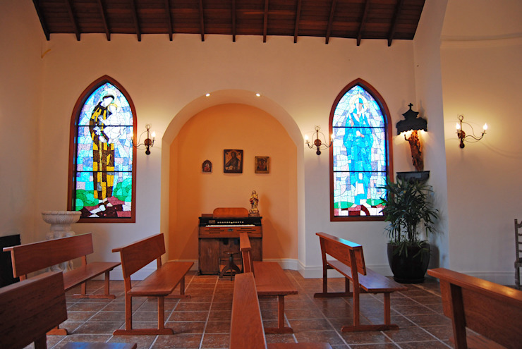 MBDesign Arquitetura & Interiores Puertas y ventanas de estilo rural