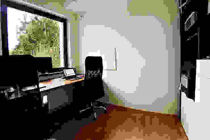 Ruang Studi/Kantor Modern Oleh Biuro Projektów MTM Styl - domywstylu.pl Modern