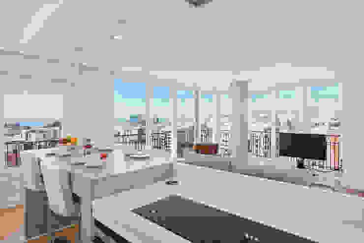 Moderne keukens van Espacios y Luz Fotografía Modern