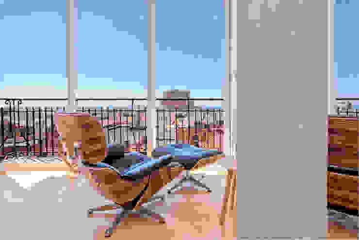 Balcones y terrazas de estilo moderno de Espacios y Luz Fotografía Moderno