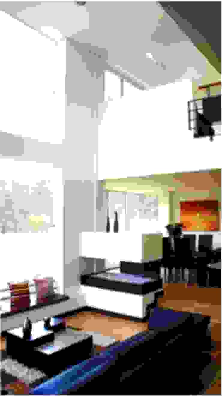 Integración sala comedor Comedores de estilo moderno de AV arquitectos Moderno Vidrio