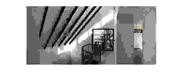 Herman Araya Arquitecto y constructor Modern balcony, veranda & terrace