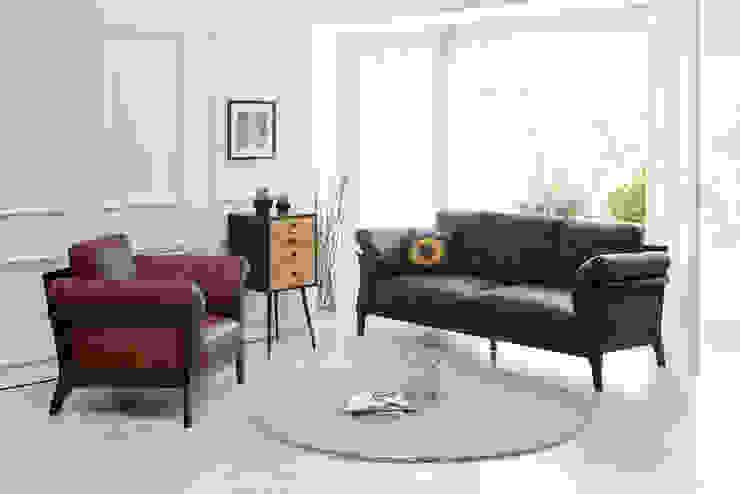 Grushie Monacha 3.0 Sofa: Mobel-Carpenter 모벨카펜터의 아시아틱 ,한옥 합성 갈색