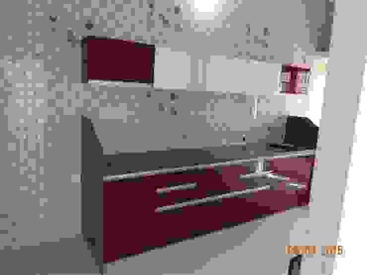 straight kitchen with wall cabinets Modern kitchen by aashita modular kitchen Modern